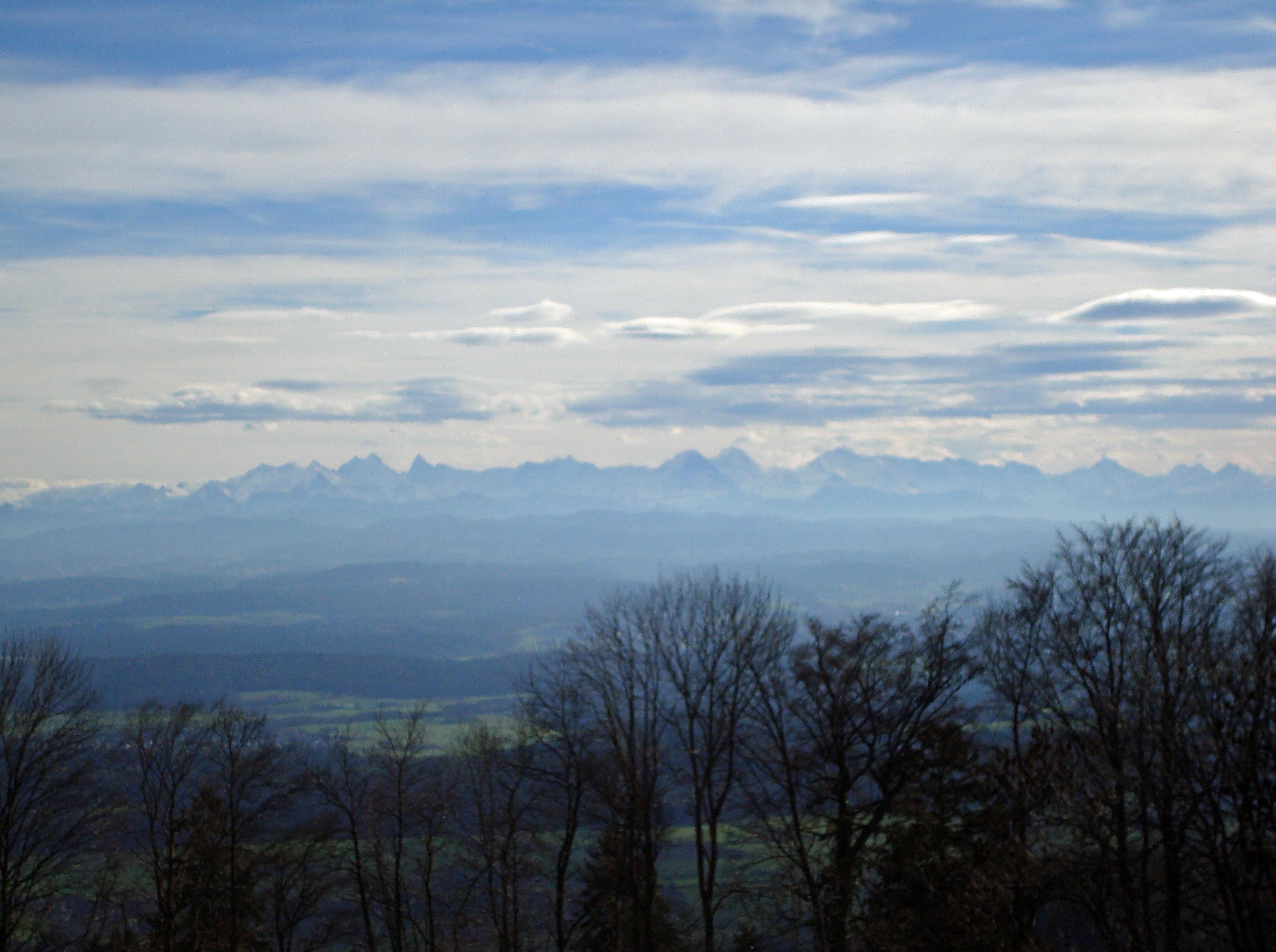 Berner Alpen im Föhnlicht